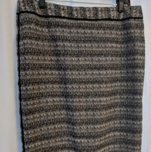 Liz Claiborne straight women's skirt. Size 12